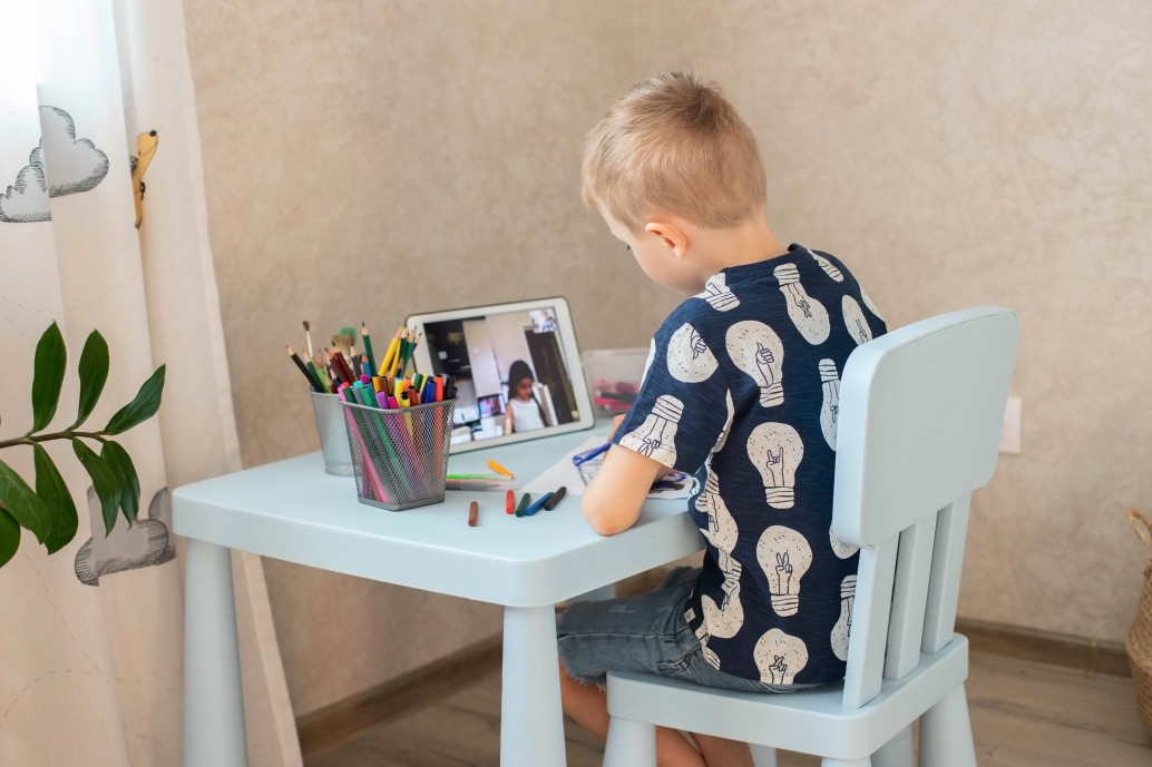 table de bureau enfant